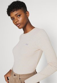 Levi's® - BABY TEE - Long sleeved top - aya marble heather gray - 3