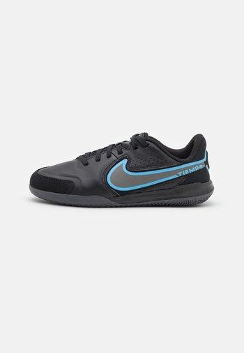 JR. TIEMPO LEGEND 9 ACADEMY IC UNISEX - Indoor football boots - black/iron grey