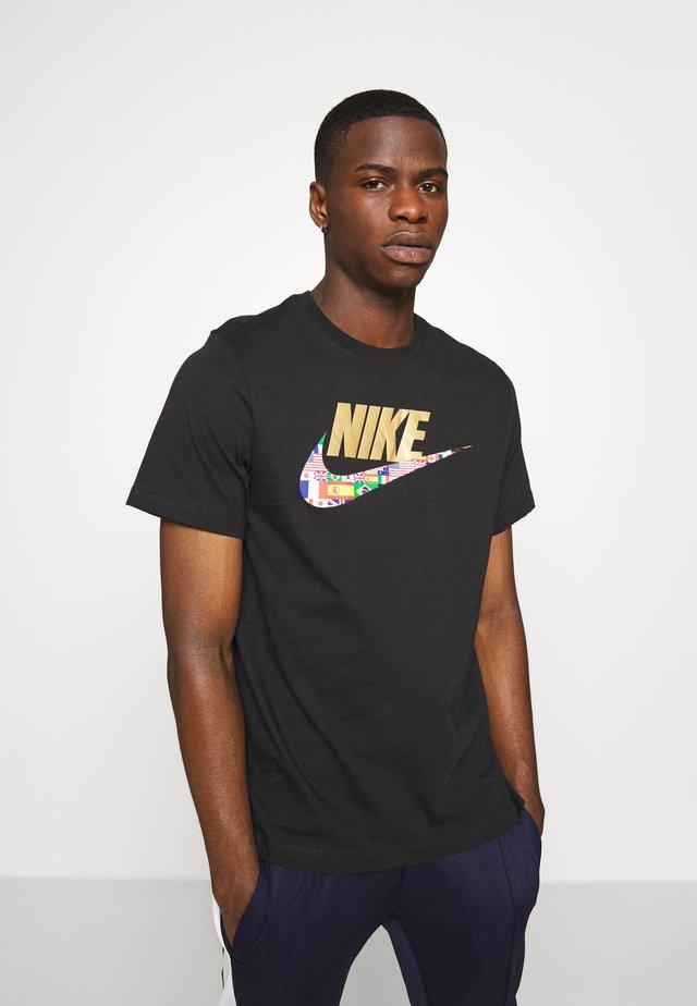 TEE PREHEAT  - Print T-shirt - black