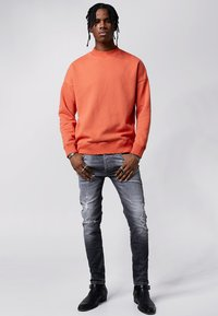 Tigha - Sweatshirt - sunrise orange - 1