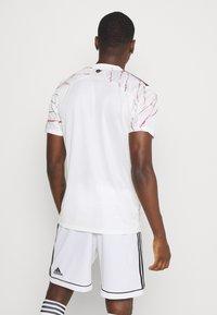 adidas Performance - ARSENAL FC AEROREADY SPORTS FOOTBALL - Club wear - clowhi/black - 2