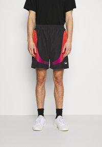 adidas Originals - UNISEX - Shorts - black - 0
