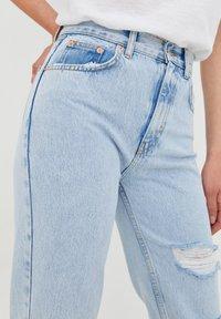 PULL&BEAR - Straight leg jeans - mottled royal blue - 5