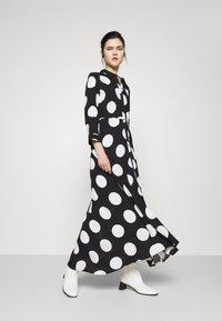 YAS - YASSAVANNA DOT LONG SHIRT DRESS - Maxi dress - black/white - 3