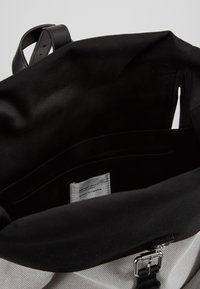 Sandqvist - ANTONIA - Rucksack - grey/black - 2
