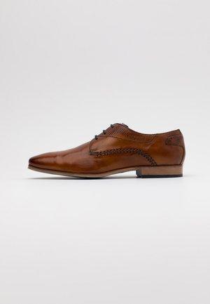 MORINO - Elegantní šněrovací boty - cognac