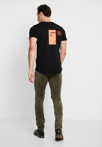 RVLT - Trousers - army - 2