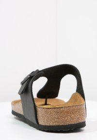 Birkenstock - GIZEH - Tongs - black - 3