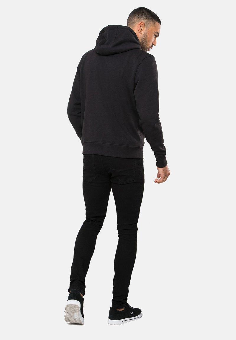 Threadbare CLEMENTINE - Kapuzenpullover - schwarz xcVVI1
