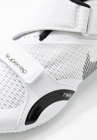 Nike Performance - SUPERREP CYCLE - Cycling shoes - white/black - 6