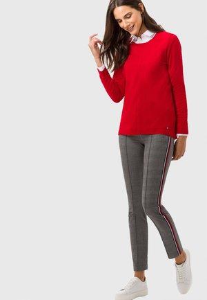 STYLE LIZ - Sweater - wild red