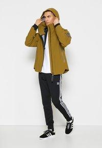 adidas Performance - MYSHELTER RAIN.RDY - Summer jacket - wild moss - 2
