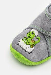 Superfit - SPOTTY - Domácí obuv - grau - 5