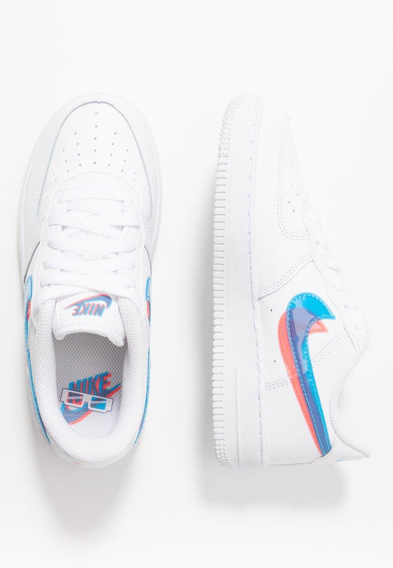 Nike Sportswear - FORCE 1 LV8  - Trainers - white/blue hero/bright crimson