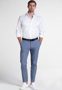 Eterna - MODERN FIT - Zakelijk overhemd - white - 1