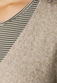 Vero Moda Curve - DOFFY - Cardigan - sepia tint - 4