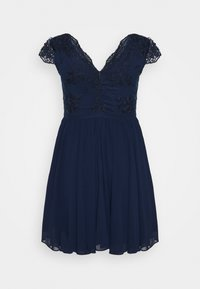 Chi Chi London Curvy - JOHANNA DRESS - Vestito elegante - navy - 1