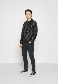 Lee - LUKE - Slim fit jeans - dark marine - 1