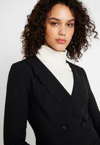 Fashion Union - TORA - Blazere - black - 5