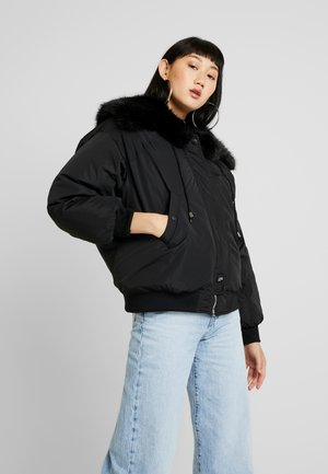 WITH DOUBLE POCKET AND FUR ON THE HOOD - Giacca invernale - black/orange