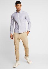Burton Menswear London - OXFORD - Overhemd - grey - 1