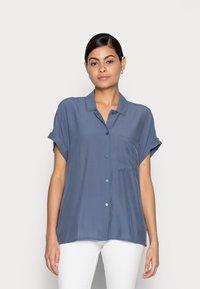 mine to five TOM TAILOR - EASY FIT - Skjortebluser - vintage indigo blue - 0