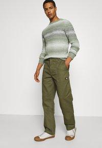Dickies - FUNKLEY - Trousers - military green - 3