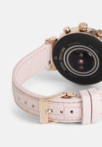 Michael Kors Access - GEN 4 SOFIE - Smartwatch - rose - 1