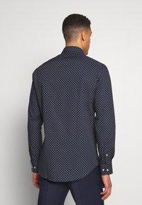 Tommy Hilfiger Tailored - CLASSIC SHIRT - Košile - blue - 2