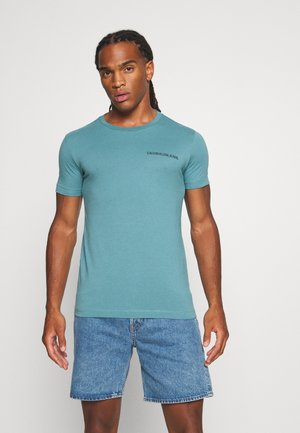 INSTITUTIONAL CHEST LOGO TEE - T-shirt - bas - vapor green