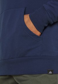 Newport Bay Sailing Club - CORE HOOD - Felpa con cappuccio - navy - 5