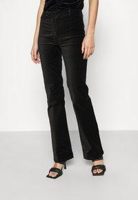 Weekday - RYDEL TROUSER - Trousers - black - 0