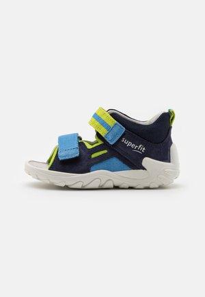 FLOW - Sandals - blau/grün