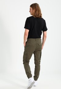 Pier One - Cargo trousers - khaki - 2