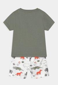 Staccato - SET - Print T-shirt - khaki/multi-coloured - 1