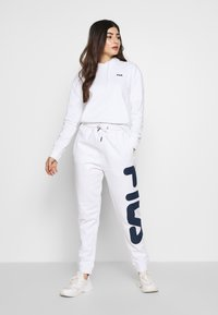 Fila Petite - PUREPANTS PETITE - Verryttelyhousut - bright white - 1