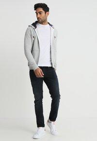 Tommy Jeans - ORIGINAL ZIPTHRU - Zip-up hoodie - mottled grey - 1