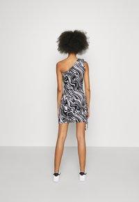 Juicy Couture - ELLEN PRINTED DRESS - Day dress - black - 3