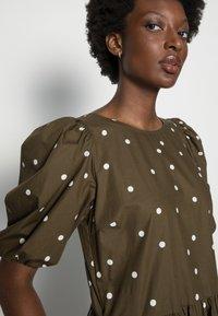 Marc O'Polo DENIM - DRESS PUFF SLEEVE - Maxi dress - multi/burnished logs - 4