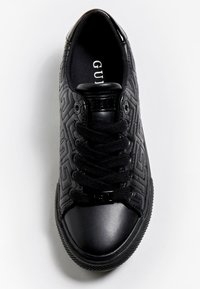 Guess - Trainers - schwarz - 1