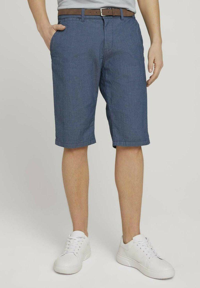 TOM TAILOR - Shorts - grey herringbone structure