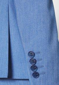 Isaac Dewhirst - SUIT - Suit - blue - 8