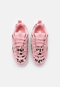 Fila - DISRUPTOR KIDS - Sneaker low - coral blush - 3