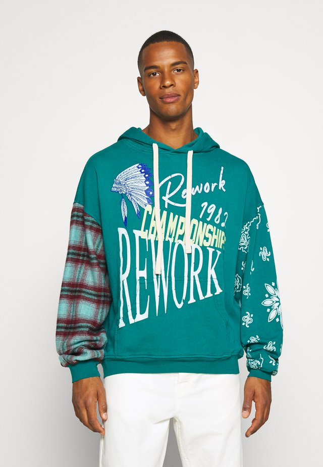 REWORK SCREEN PRINT AND CHECK HOODIE - Hoodie - green