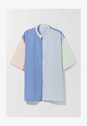 RELAXED FIT - Shirt - blue