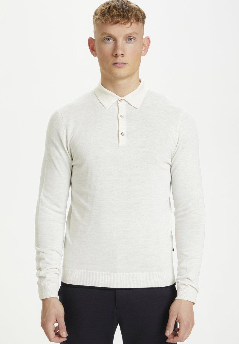Matinique - Stickad tröja - off white melange