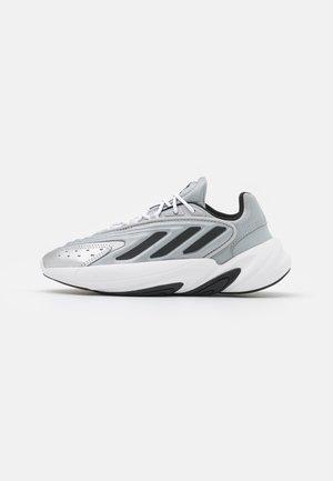 OZELIA  - Sneakers - silver