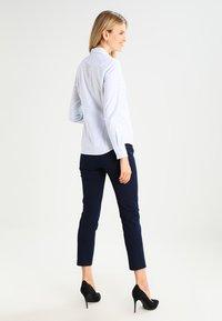 GANT - OXFORD BANKER - Button-down blouse - light blue - 2