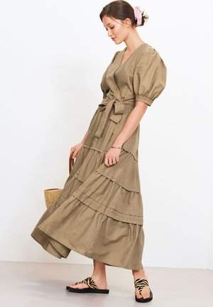 Maxi dress - tan