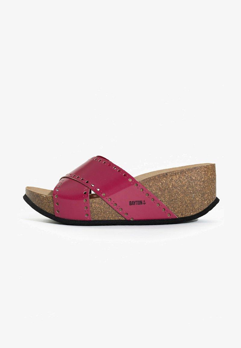 BAYTON - LIVERPOOL - Sandalen met sleehak - fuchsia